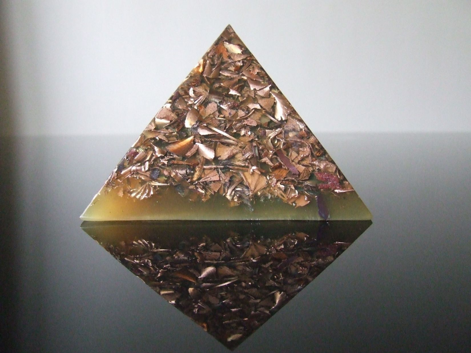 Pure Copper Pyramid with 23k Gold,Tensor Ring and SSB Coil